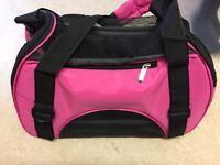 Dog/ cat carrier bag