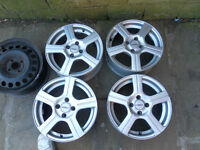 Dezent Set of 4 alloys 4 stud and 1 standard wheel rim