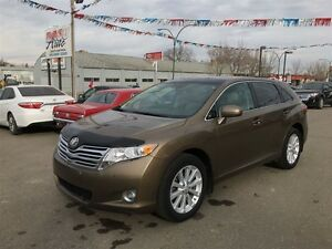 2010 Toyota Venza AWD, Leather & Sunroof