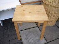CHEAP SOLID PINE COFFEE TABLE