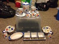 Kitchen/dinner/tea set