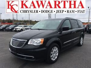 2016 Chrysler Town & Country TOURING**PRICE REDUCED*