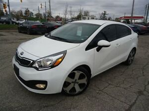 2015 Kia Rio SX w/UVO / LEATHER / *AUTO*