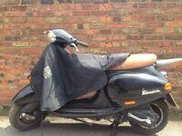 Piaggio Vespa ET4 125cc (Black) Good Condition low mileage