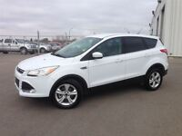 2015 Ford Escape SE 4x4/AWD- as new!