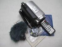 Sony HDR SR5 40GB HDD remote control plus accessories and ext microphone
