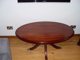 Coffee Table, Solid Mahogany,Oval