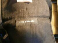 "MENS TOM ENGLISH TROUSERS SIZE 42"" S.LEG"