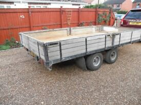 4 wheel car trailer with ramps and sides