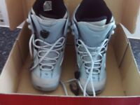 LADIES SNOWBOARD BOOTS UK SIZE 4 NEW IN BOX Northwave Royal Lady - Made in Italy
