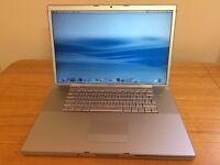"Apple MacBook Pro 17"" / WebCam / WiFi / Bluetooth / Good Condition Laptop"