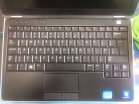Dell Laptop E6-220 - I7 PROCESSOR