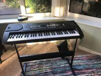 Alesis Melody 61 keyboard portable