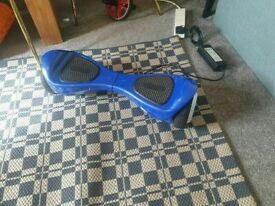 BLUEFIN™ 6.5″ CLASSIC HOVERBOARD SWEGWAY IN BLUE GOOD CONDITION AND FULLY WORKING