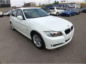 2011 BMW 3 Series / 328 XI / AWD / 3.0 / AUTO / S/ROOF / LOW KMS