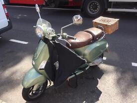 Vespa LXV 50 classic retro style