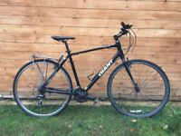 Giant Escape Hybrid Bike Large frame, Good Condition