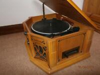 Retro phonograph stereo model GF665