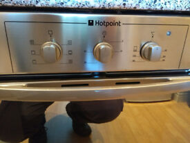 Hotpoint Gas Hob and Oven