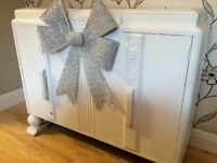 SHABBY CHIC DRESSER IDEAL AS A SPACE FILLER/SHOP COUNTER