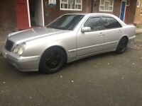 Mercedes Benz E220 2002 2.6L Avantgarde