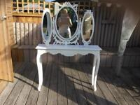 Slim table and mirror is free standing
