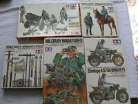 A collection of German military model figures and vehicle and smake unit, etc.