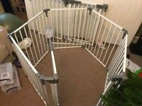 Dreambaby playpen/play pen/baby gate