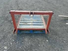 Tractor three point linkage ibc tank carrier
