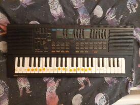 Yamaha Portasound PSS-560 Keyboard