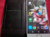 One Plus 3 Excellent condition. not muh used.