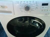 Whirlpool 9kg washing màchine as new