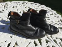 Ladies black leather ankle boots. Size 4.