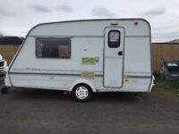 light weight 2 berth caravan 1998 remote motor mover very nice condition full awning