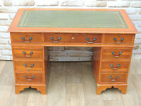 Unique yew pedestal desk with leather top (Delivery)