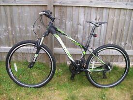 """Giant Revel hybrid adult's bike 26"""" quick release double rimed alloy wheels"""