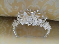TRUE VINTAGE WAX FLOWER BRIDAL HEADDRESS CROWN TIARA c.1920 Ivory Pearl Lilly Daisy Bud Leaf WEDDING