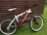 Rocky Mountain Element MTB Full Suspension, Fox, Manitou, Great Bike for XC, Enduro, Light Freeride.