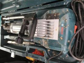 Hammer demolition GSH 16-30 Bosch 240 volt great condition