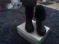 womans winter boots brand new