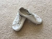 Children's white leather disco / jazz / dance shoes size 10