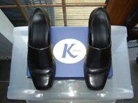 Ladies Clarks K Shoes Flash black leather shoes size 5.5