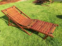 Solid hardwood deck chair / sun lounger / steamer in excellent condition