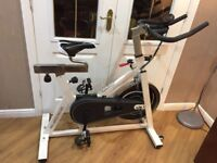 Exercise Bike /spinner Cintura sports Pro-Speed Racing.