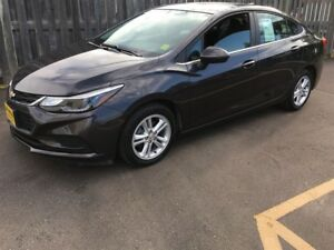 2016 Chevrolet Cruze LT, Automatic, Navigation, Only 32, 000km