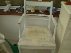 Dining Chairs(2)
