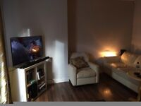 central chorlton - near to centre, met and beech road, newly decorated large one bedroomed apartment