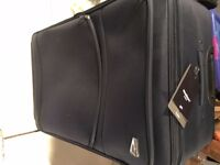 Suitcase -Luggage Member of London Brand New Blue