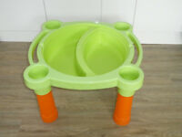 Kids water play table / lego storage with lid