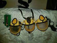 3 asbestos mask + 1 battery /mask only no motors